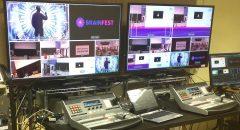 LCD-телевизор, 42 дюйма, на стойке